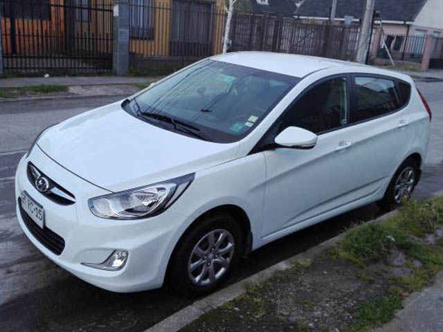 HYUNDAI ACCENT  RB 1.4 GL AC 2AB 6MT 2015