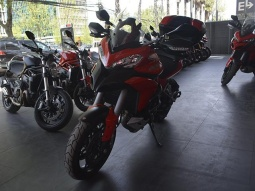 DUCATI MULTISTRADA 1200S RED  2013