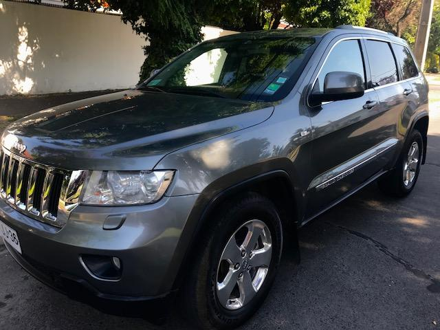 JEEP GRAND CHEROKEE  Laredo 4x4 3.6 2013
