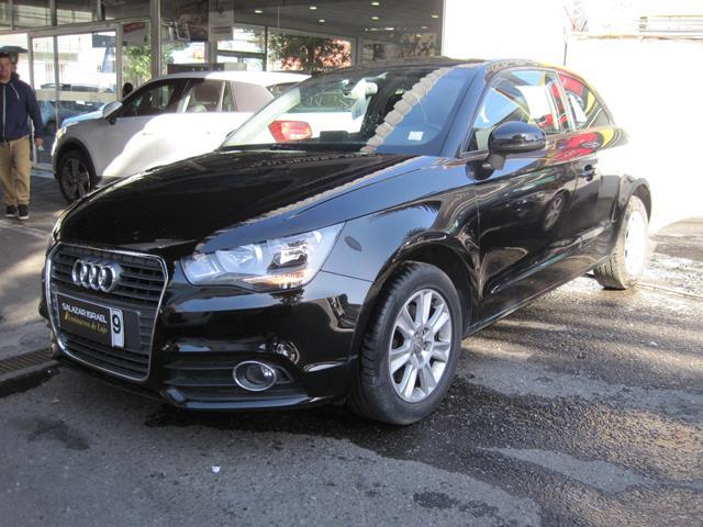 AUDI A1 A1 ATTRACTION 1.4 AUT 2013