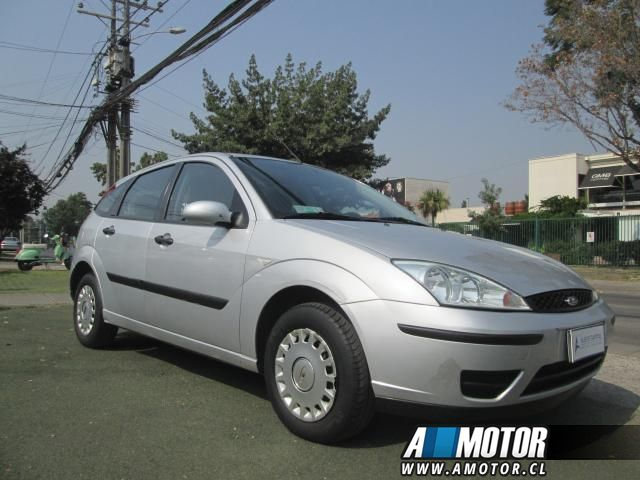 Automóvil FORD FOCUS  1.6 LX AIRE FULL IMPECABLE 2005 - Autos Usados