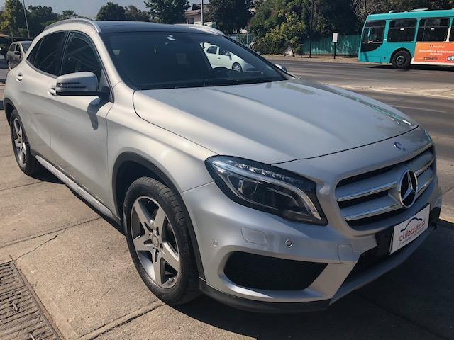 MERCEDES BENZ GLA 220 4MATIC CDI AT 2015