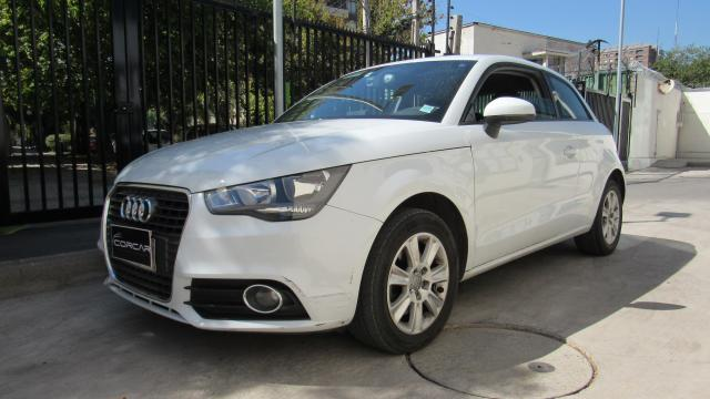 AUDI A1  ATTRACTION 1.4 AUT TFSI S-TRONIC 2013
