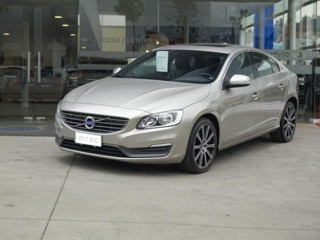 VOLVO S60  D2 LIMITED 2015