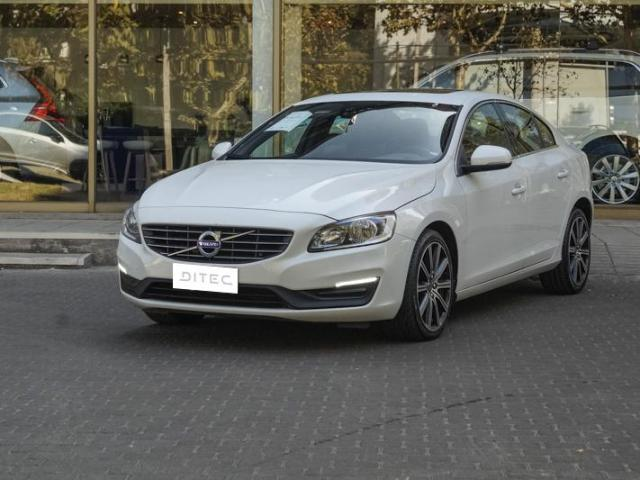 VOLVO S60  D2 LIMITED 2016