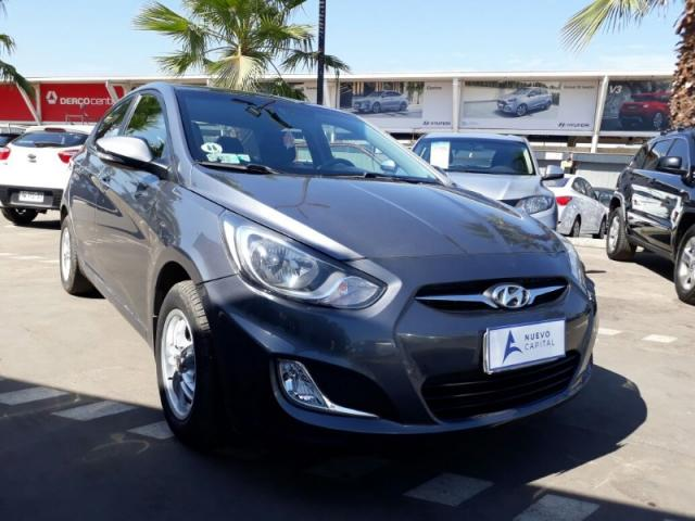 HYUNDAI ACCENT  1.6 RB GL 2012