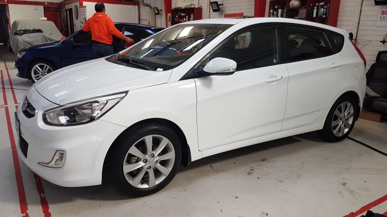 HYUNDAI ACCENT  RB HB 1.6 GLS AT FULL 2017