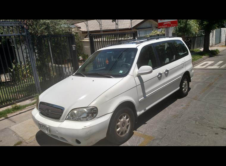 KIA MOTORS CARNIVAL  III LS 2.5 AT AC 2005