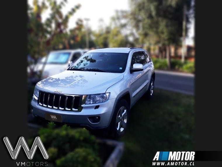 JEEP GRAND CHEROKEE  LAREDO 3.6 4X4 AT 2011