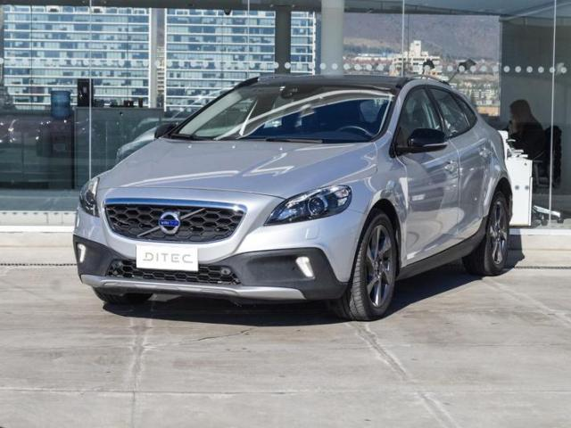 VOLVO V40  T5 AWD LIMITED 2016