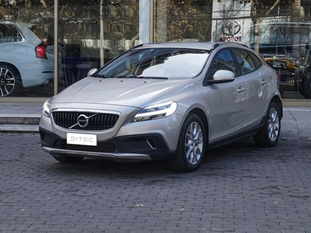VOLVO V40  CROSS COUNTRY D2 2017
