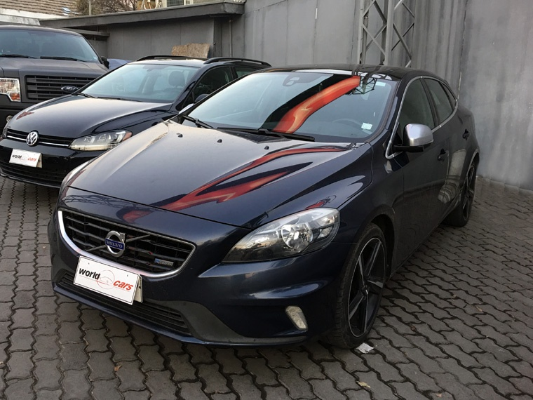 VOLVO V40  1.6 T4 R-DESIGN MT 2014