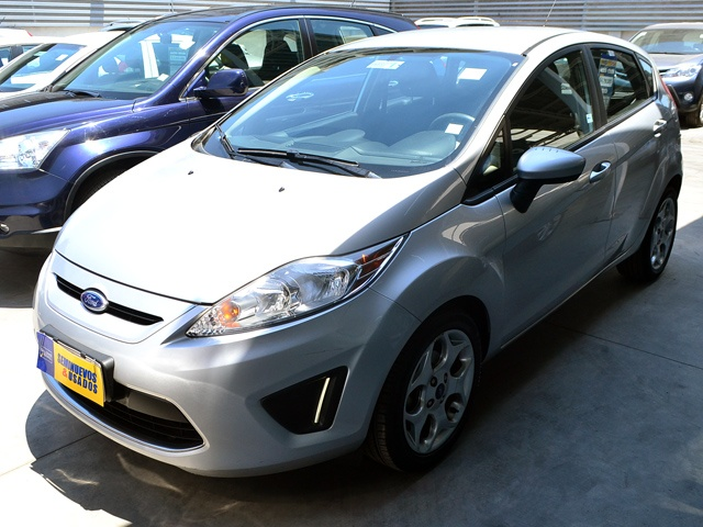 FORD FIESTA NEW  HB 1.6 2012