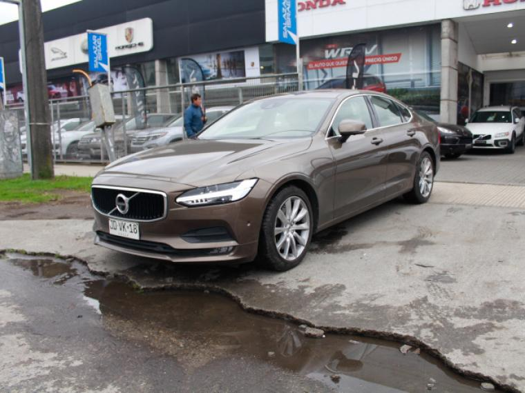 VOLVO S90  T6 MOMENTUM AWD 2.4 A 2017