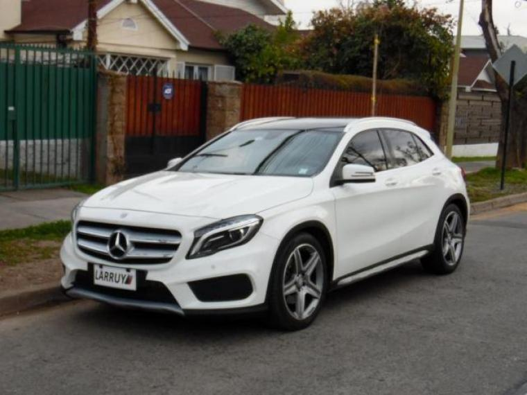 MERCEDES BENZ GLA 250 2014