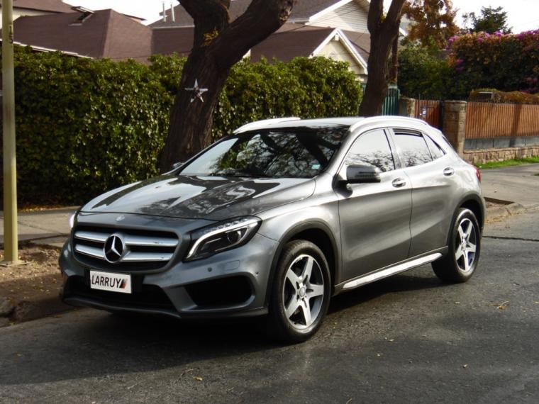 MERCEDES BENZ GLA 220 2016