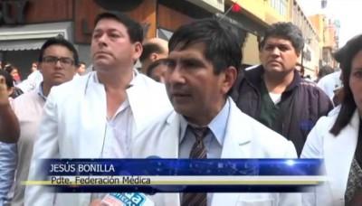 Día 85 de la huelga de médicos: Médicos y policías se enfrentan