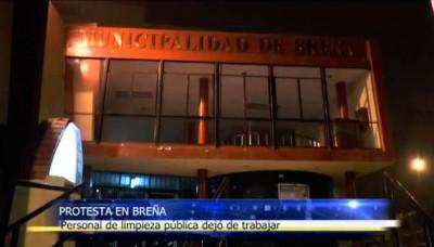 Personal de limpieza pública de Breña deja de trabajar en señal de protesta