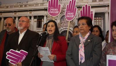 Congreso debatirá si se despenaliza el aborto en casos de violación sexual
