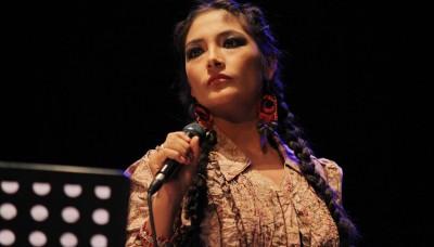"""Magaly Solier presenta nuevas canciones en """"Coca Quintucha"""""""