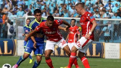 Sporting Cristal y Cienciano jugaron por la Copa contra el Racismo
