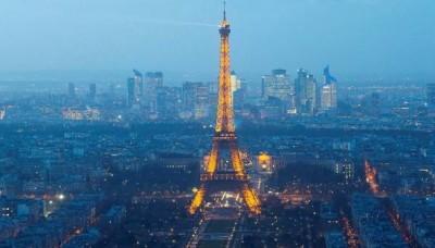 Francia: Alerta en París por drones sobrevolando los principales monumentos