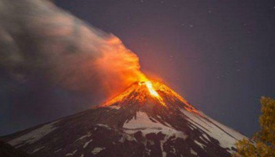 Chile: Erupción del volcán Villarrica alcanzó hasta 3 kilómetros de altura
