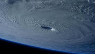 Impresionantes imágenes del tifón Maysak captadas desde el espacio exterior