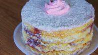 Receita de Naked Cake de Morango e Creme de Leite Condensado