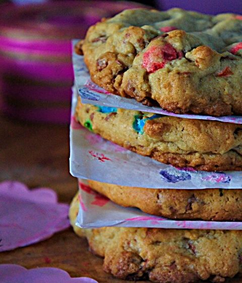 Receita de Cookies de Baunilha com Chocolate e M&M's