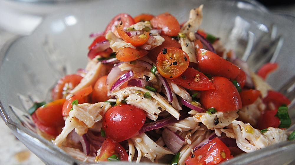 Como Cozinha Peito de Frango (receita de salada acompanha)