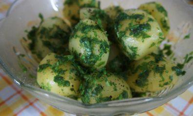 Receita de Batatas Assadas com Salsinha