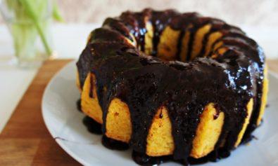 Receita de Bolo de Cenoura com Cobertura de Chocolate Durinha