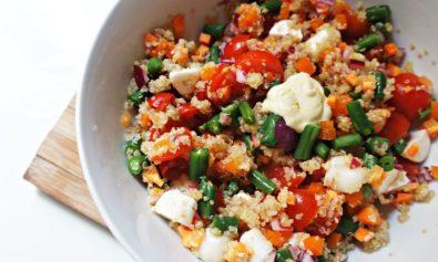 Salada de Quinoa com Molho de Mostarda