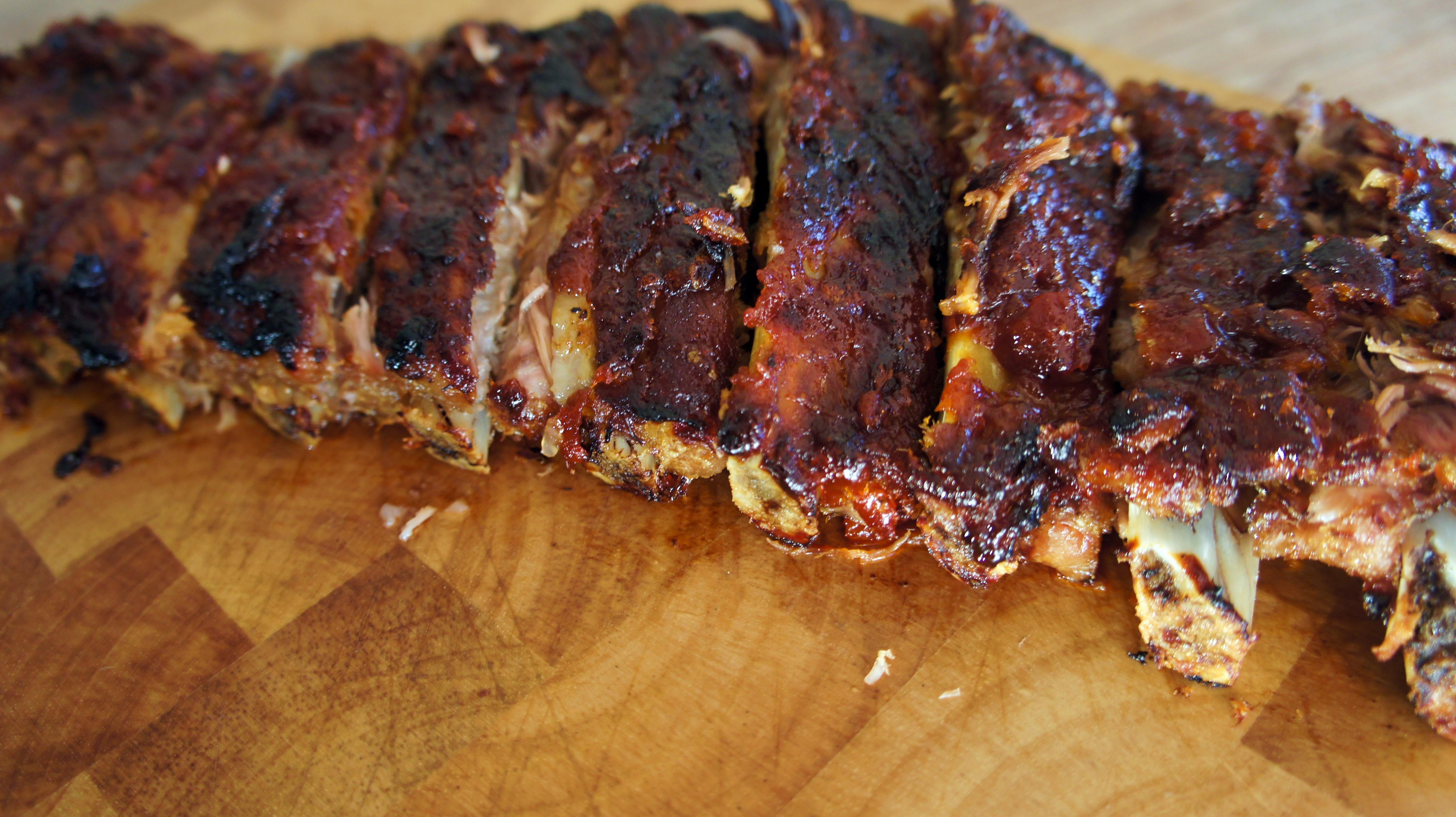 Receita de Costela de Porco com Molho Barbecue de Goiabada