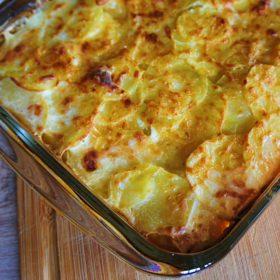 Receita de Batata Gratinada (Dauphinoise potatoes)