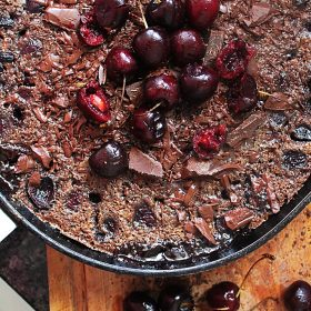Receita de Clafoutis de Chocolate e Cereja