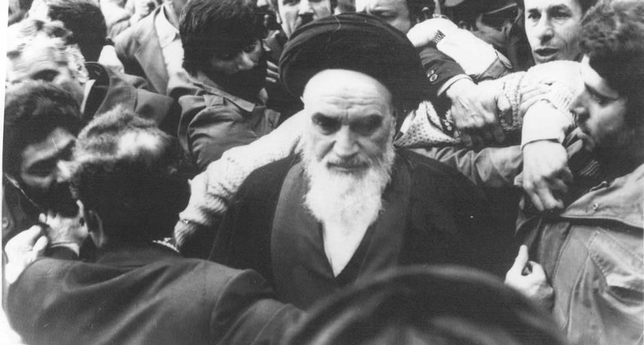 Aiatolá Ruhollah Khomeini: Líder político e espiritual da Revolução Iraniana