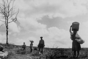 """Adaptação cinematográfica da obra """"Vidas Secas"""", por Nelson Pereira dos Santos (1963)."""