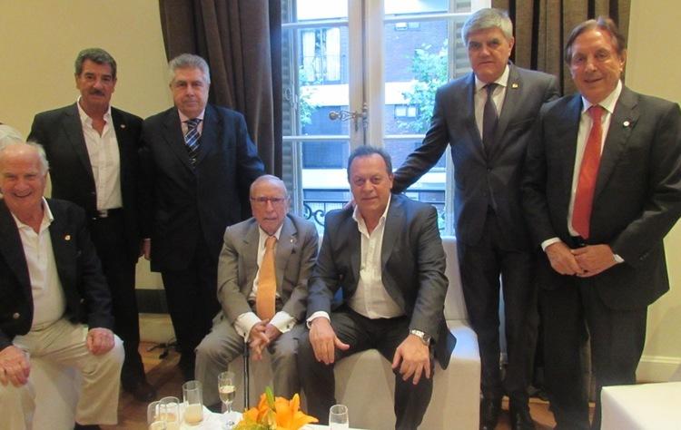 2 santos brunello y ex presidentes