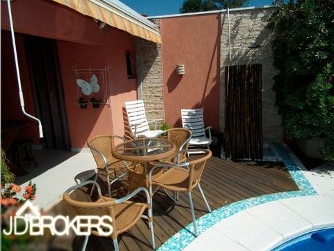 Casa de 3 dormitórios em Engordadouro, Jundiaí - SP