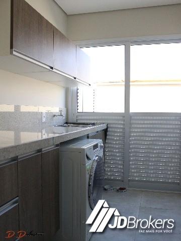 Casa de 3 dormitórios em Medeiros, Jundiai - SP