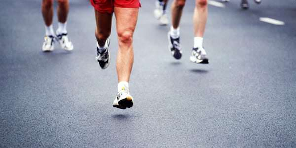 trato iliotibial joelho corredor