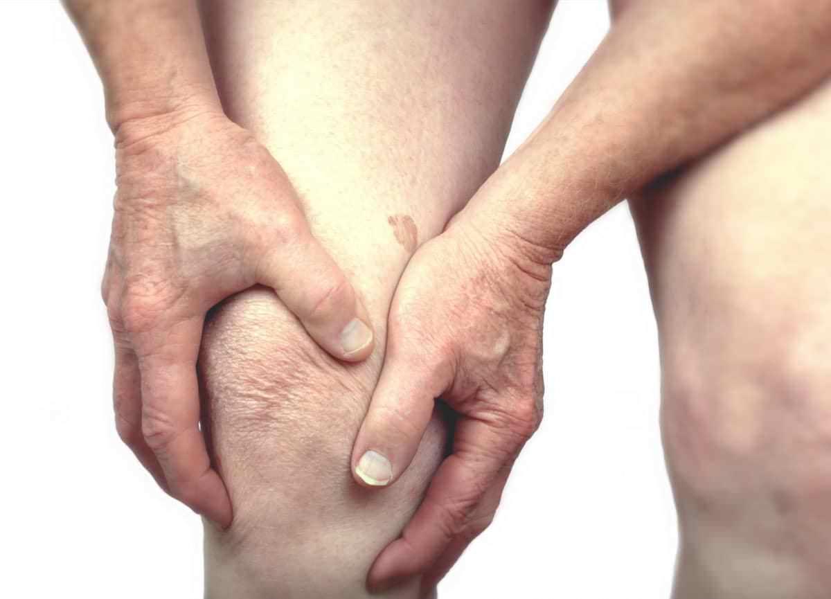 Novo estudo relata que o sono ruim aumenta a dor na osteoartrose de joelho