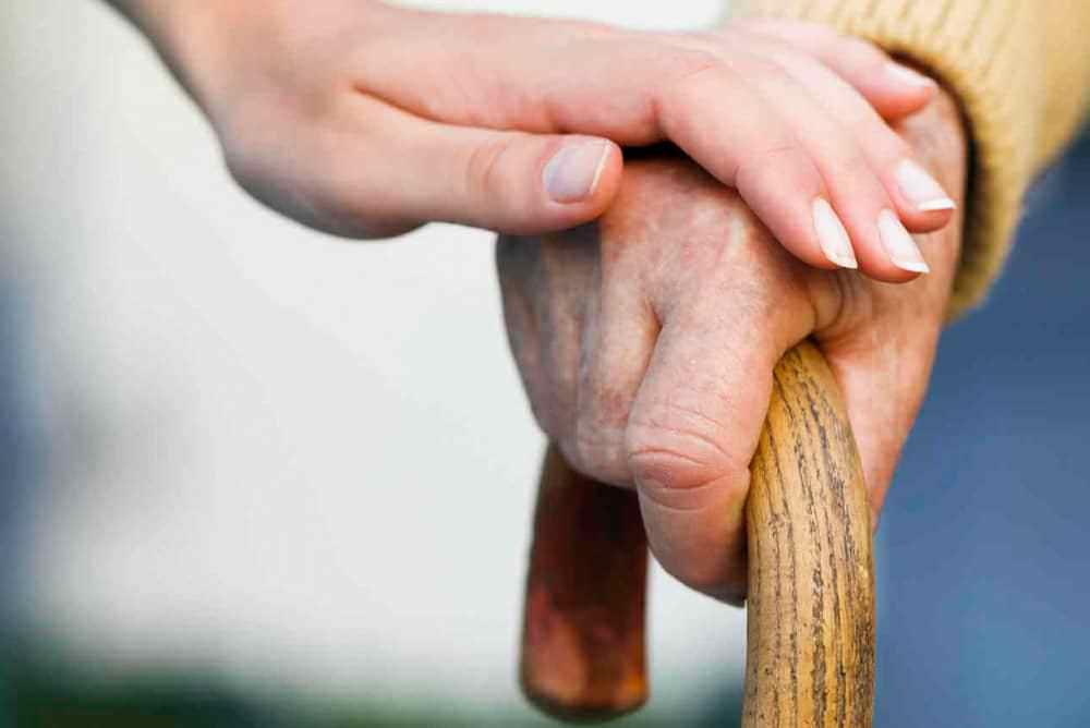 Estudo: Acupuntura Auxilia na Melhora do Andar em Pacientes com Parkinson