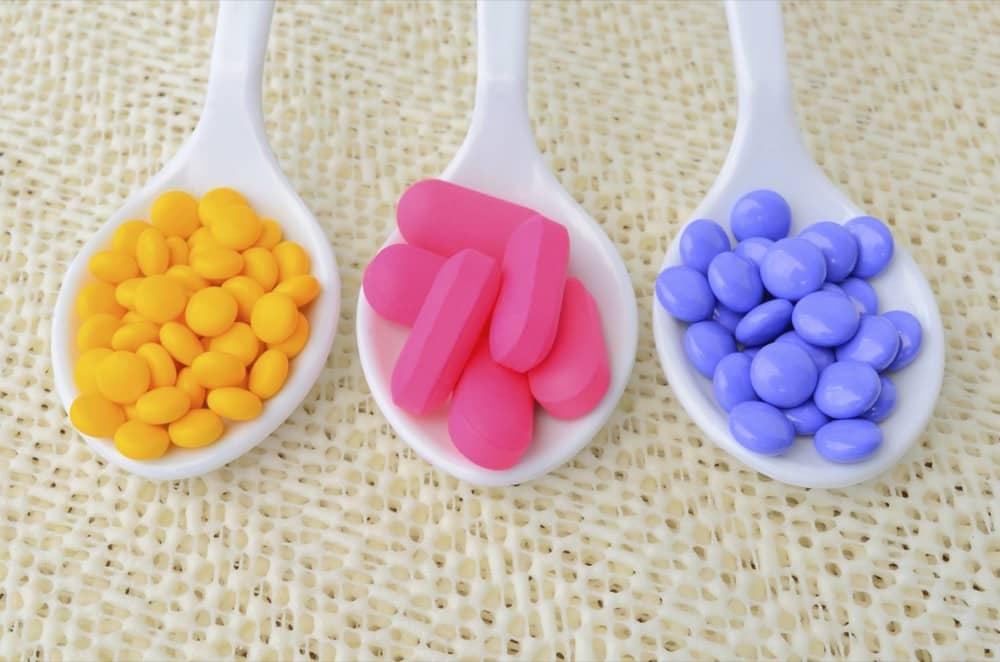 cuidado com medicamentos riscos quedas