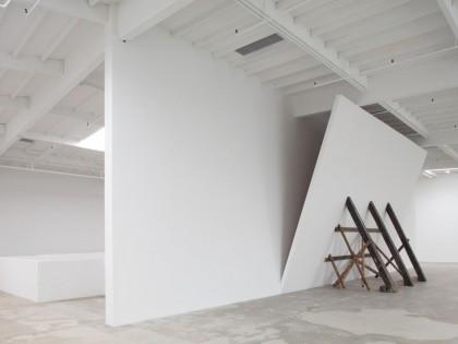 David Lamelas. (Untitled) Falling Wall, 1992.