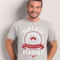 Camiseta Pokémon University - Masculino - GG