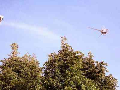ChadRajman13May16 Ufo estranho faz mais uma aparição