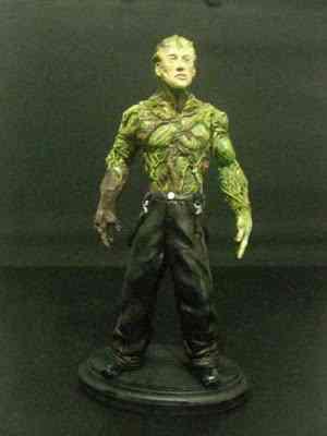 CIMG2652 Um boneco em 24 horas   O homem planta